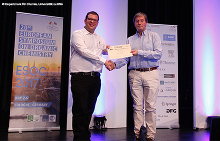 Mathias Lang was awarded a poster prize at the ESOC20 and receives a one-year subscription to SYNFACTS. Congratulations!
