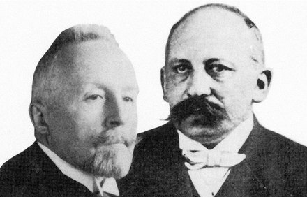 Josef Houben and Theodor Weyl