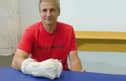 Ein Fall für 4: Beugesehnenverletzung - Physiotherapie