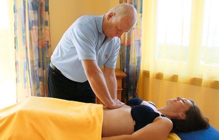nackt beim orthopäden