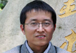 Wei Han describes the iodide-catalyzed carbonylation–benzylation of benzyl chlorides.