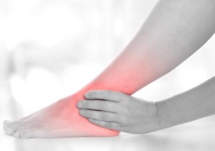 Warum wächst der Kern auf dem Finger des Beines